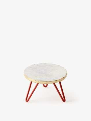 White Kawaii Cake Stand - Red