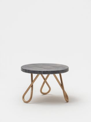 Grey Eclipse Cake Stand Golden