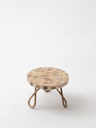 Neo-Nordic Cake Stand - Golden